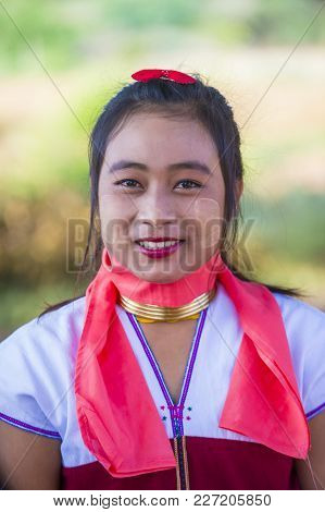 Bagan , Myanmar - Sep 04 : Portrait Of Kayan Tribe Woman In Bagan Myanmar On September 04 2017 ,  Ka