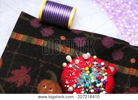 Quilting Material,batting, Blocks - Two Colours  With Thread And Needles