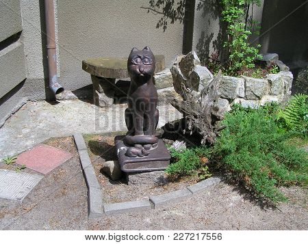 2011; Svetlogorsk (russia). The Sculpture, Depicting A Cat, The Hero Of Books Of The Famous Writer E