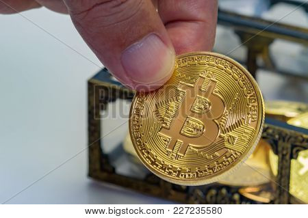 Bitcoin Treasure Chest