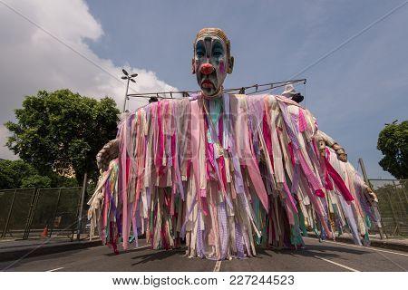 Rio De Janeiro, Brazil - February 17, 2018: Samba School Float In Presidente Vargas Avenue Waiting F