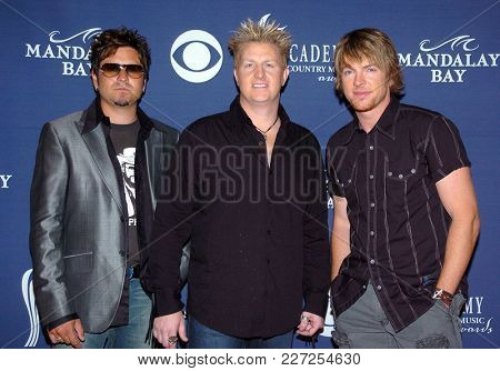 LOS ANGELES - MAY 24:  Rascal Flatts arrives to the Academy of Country Music Awards  on May 24, 2004 in Las Vegas, NV