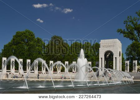 World War (( Memorial in Washington DC - United States