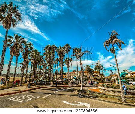 Santa Barbara, California - October 26, 2016: Roundabout In Santa Barbara Seafront