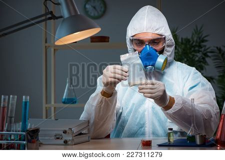 Medicine drug researcher working in lab