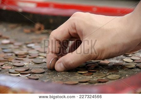 Buddhists Make Merit,buddhists Tried To Coin On The Base Of The Buddha's Footprint On The Sanctity O