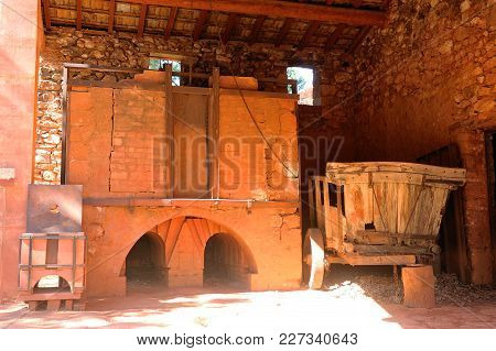 Roussillon, France - September 1, 2016: Oven Of Roussillon Ocher Factory Where Was Treated Ore To Pr