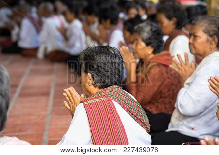 An Giang, Vietnam - Dec 6, 2016: Champa Buddhists In Temple At Ordination Ceremony That Change The V