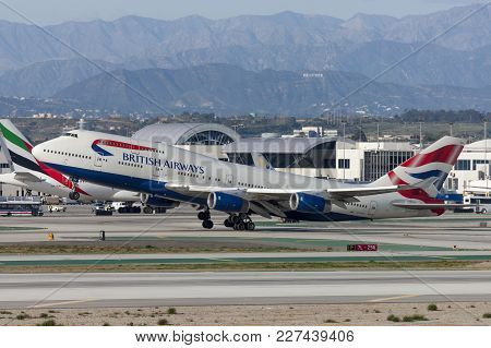 Los Angeles, California, Usa - March 10, 2010: British Airways Boeing 747 Jumbo Jet Taking Off From