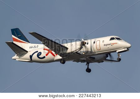 Melbourne, Australia - November 10, 2011: Regional Express (rex) Airlines Saab 340b Vh-zlo On Approa