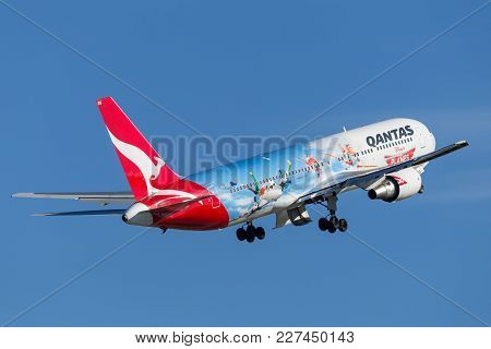 Sydney, Australia - May 5, 2014: Qantas Boeing 767 Airliner With Special Markings To Promote The Dis