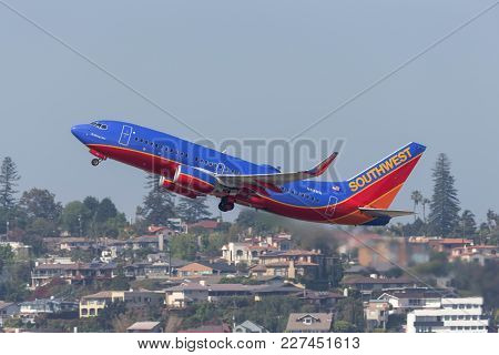 San Diego, California, Usa - April 30, 2013. Southwest Airlines Boeing 737-7h4 N416wn Departing San