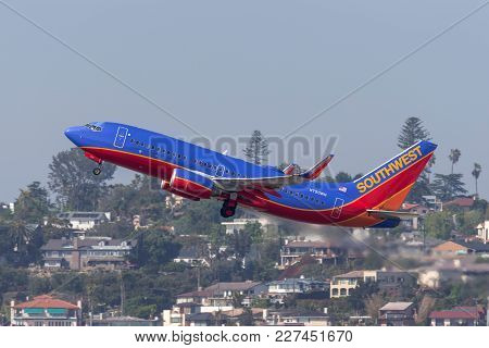 San Diego, California, Usa - April 30, 2013. Southwest Airlines Boeing 737-7h4 N720wn Departing San