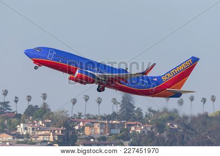 San Diego, California, Usa - April 28, 2013. Southwest Airlines Boeing 737-7bd N7732a Departing San