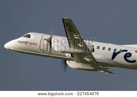 Melbourne, Australia - November 10, 2011: Regional Express (rex) Airlines Saab 340b Vh-zrc Taking Of