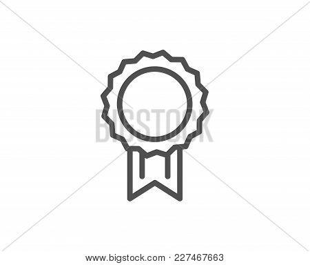 Award Medal Line Icon. Winner Achievement Symbol. Glory Or Honor Sign. Quality Design Element. Edita