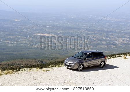 Mont-ventoux, France - September 1, 2016: Car Parked At The Edge Of A Precipice Top Of Mont Ventoux