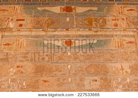 Temple Of Queen Hatshepsut, Drawings On The Temple