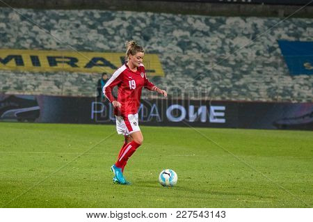 Moedling, Austria, 23th November 2017: Verena Aschauer At Fifa Wm Qualification Ladies Austria Vs Is