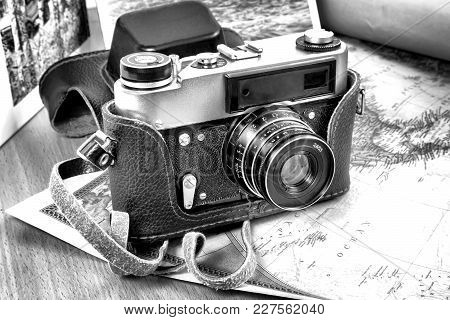 Items Needed For The Trip: Camera, Map Of The World. Vintage Items In Retro Style.