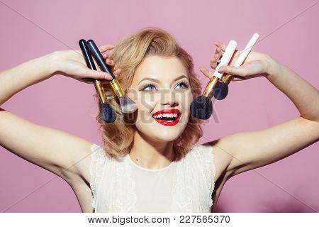 Vintage, Skincare, Look. Makeup And Cosmetics, Skincare, Visage. Sensual Blond Girl With Elegant Mak