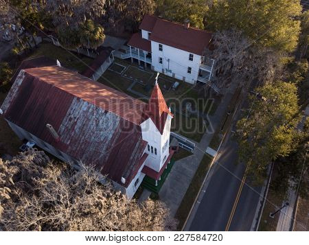 Aerial view of historic baptist church in Beaufort, South Carolina.