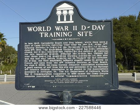 Carrabelle, Florida-october 22, 2016: A Florida Heritage Historic Marker Details The Use Of This Are