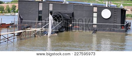 Flood, Steam Flooded Restaurant-bar On The River