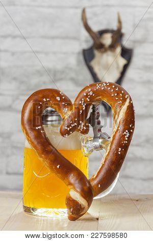 Heart Shaped Pretzel With Beer Ant Antler