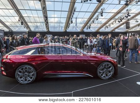 Paris, France - February 04, 2018: People Enjoying Beautiful Cars Shown In The Concept Cars Exhibiti