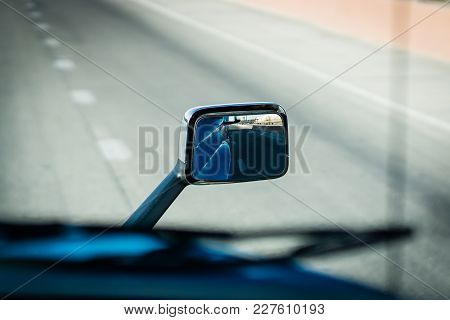 Semi Truck Rear View Side Mirror Hood Mounted On Highway