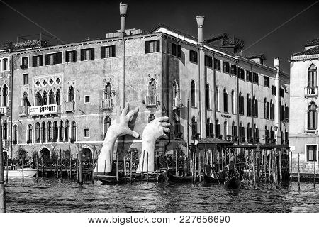 Venice, Italy - February 11: Sculpture Support And Gondolas At Grand Canal On February 11, 2018 In V