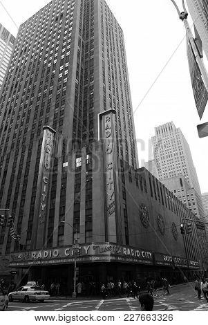 New York, Usa - November 13, 2008: Radio City Music Hall In Grey Skyscraper, Tower, Building, Modern