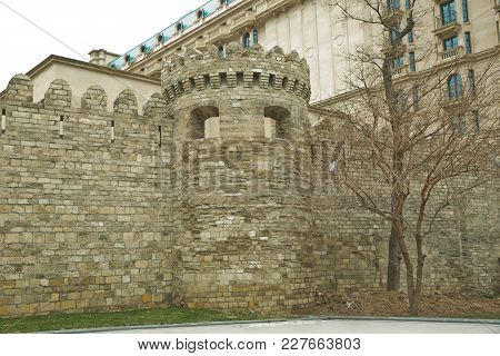 The Fortress Gates Of The Old City In The Illumination . Icheri Sheher In Baku. Azerbaijan . Gate Of