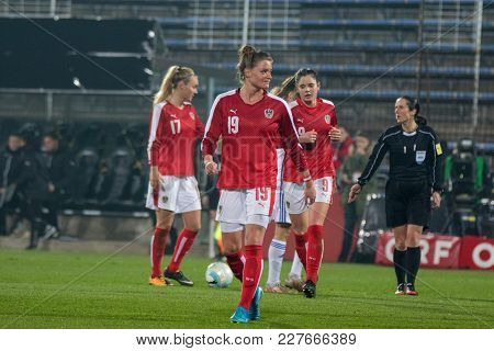Moedling, Austria, 23th November 2017: Verena Aschauer, Sarah Zadrazil And Sarah Puntigam At Fifa Wm