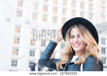 Woman Smile With Sensual Face, Long Hair, Black Hat In La Defense, Paris. Fashion, Beauty, Look. Vac