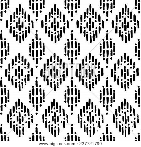 Seamless Black And White Pattern. Grunge Texture. Abstract Print For Textiles.