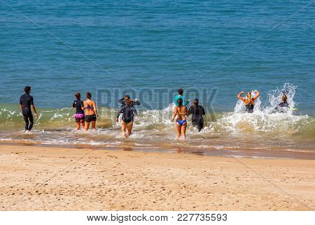 St-jean De Luz, France - September 28, 2016 : Group Of Woman Do An Aqua Gym Session With A Sports Co