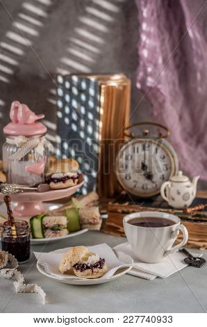 English Five O'clock Tea