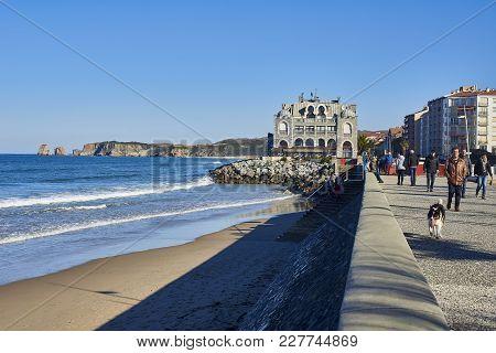 Boulevard De La Mer And Les Deux Jumeaux Beach. Hendaye.