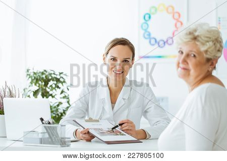 Doctor With Balanced Diet Recommendation