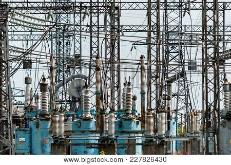 Power Station In The Green Zone