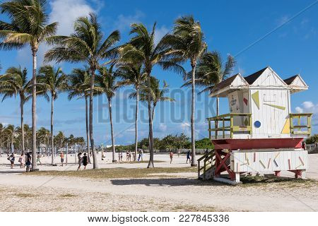 Usa, Florida, Miami. February 18, 2018. Lifeguard Tower In A Colorful Art Deco Style, With Blue Sky
