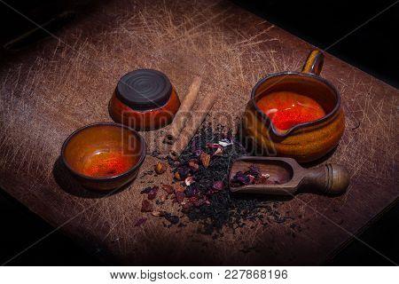 Vintage Flavored Tea Serving