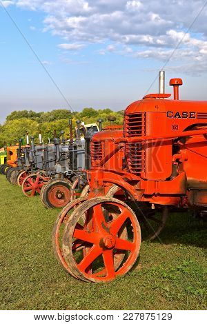 Rollag, Minnesota, Sept  2, 2017: The Fronts Of A Row Of Old Case Tractors Are Displayed  At The Ann