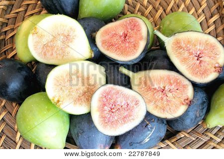 Black And Green Figs