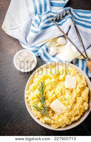 Garlic Herb Mashed Potatoes