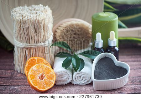 Аnti-cellulite, Organic, Bio, Natural Cosmetics. Remedy For Cellulite Massage, Spa. Natural Oils And
