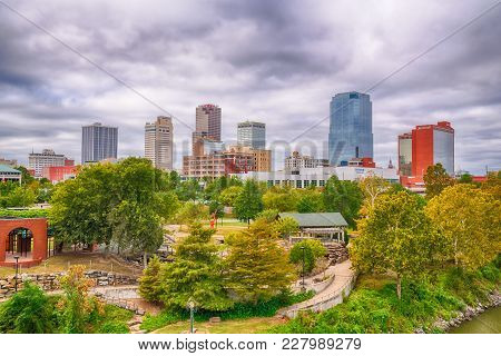 Little Rock, Ar - October 11, 2017:  Little Rock  City Skyline From The Junction Bridge Across The A
