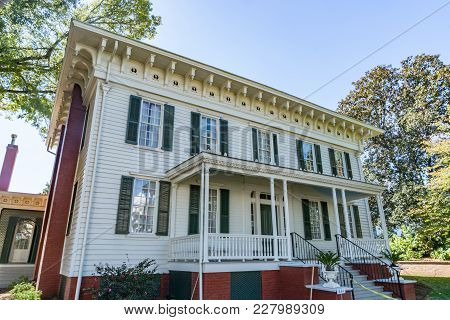 Montgomery, Al - October 30, 2017: First White House Of The Confederacy Located In Montgomery, Alaba